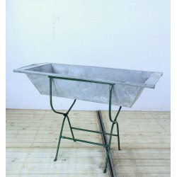 AC220 Hungarian Zinc Trough...